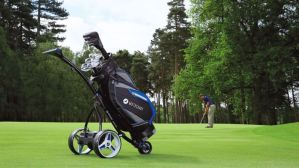 #GOLFGIVEAWAY! #Win a #Motocaddy S5 Connect electric trolley + Pro-Series bag! E:13/09