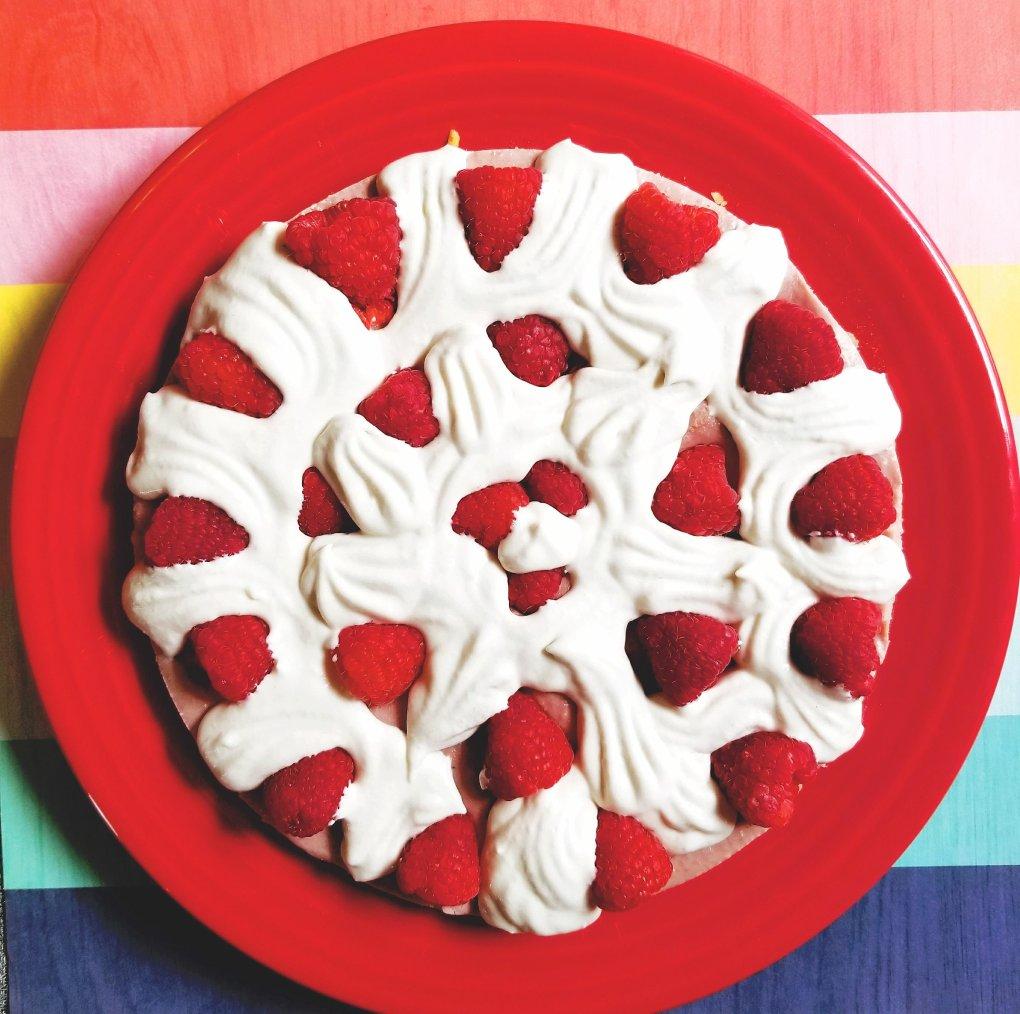 Paleo & Vegan White Chocolate Raspberry Cheesecake