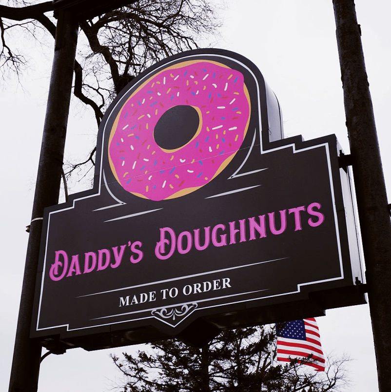 Daddy's Doughnuts sign out front