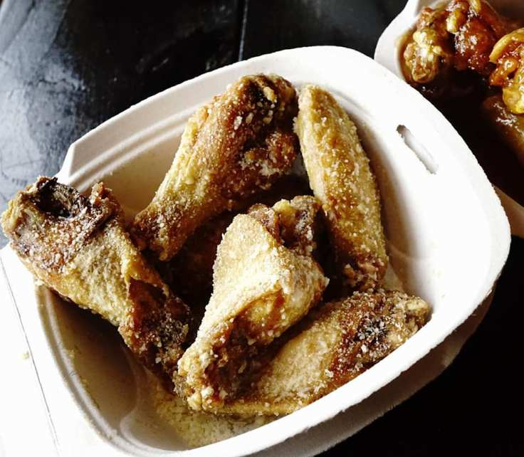 Butter Cheese Wings at Detroit Wing Company REVIEW