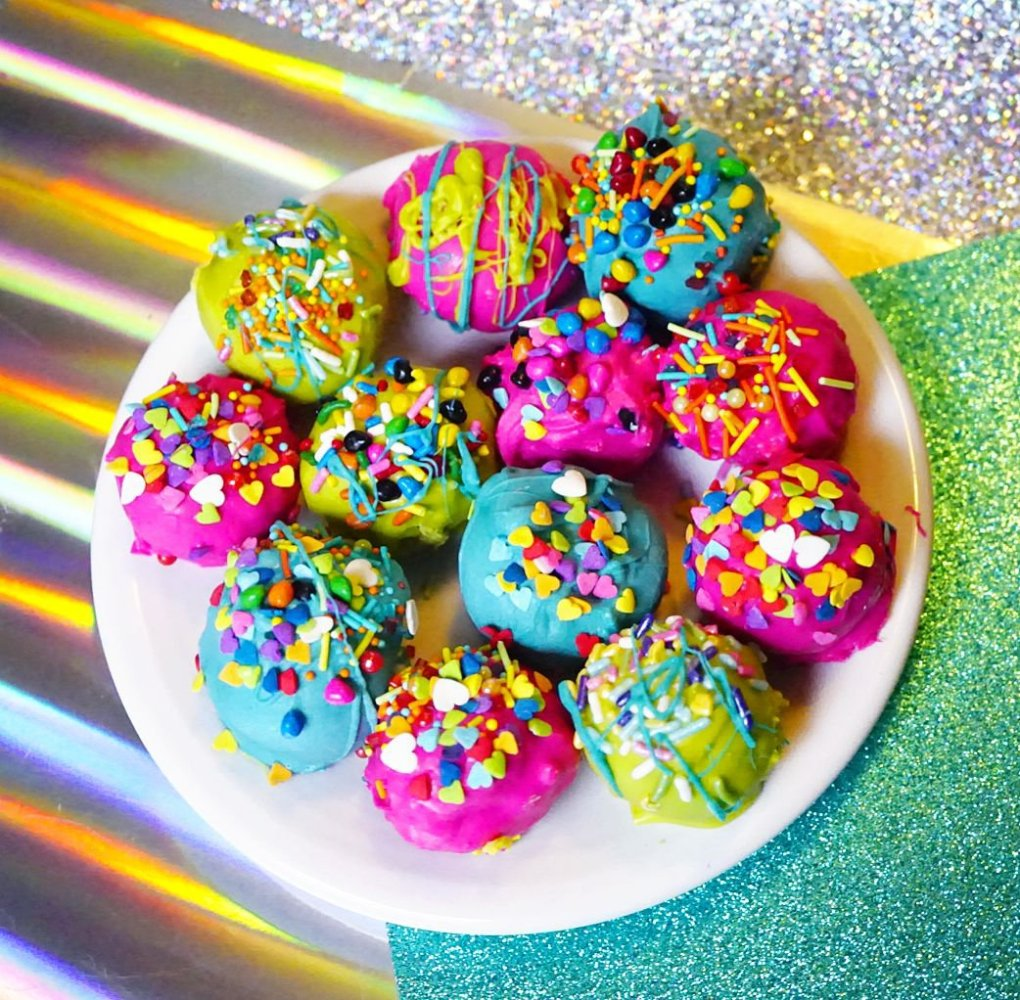 One last photo of our Super Duper Moist Cake Balls