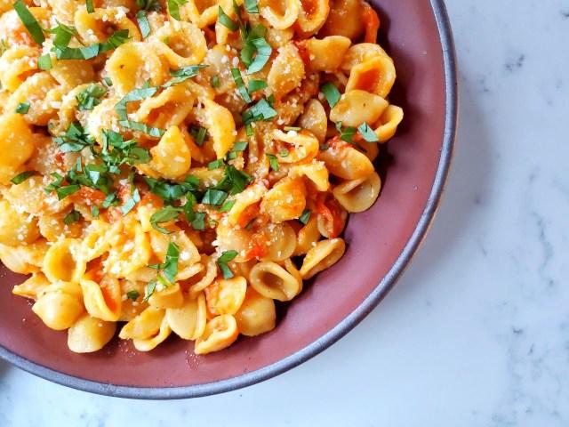 heirloom tomato orecchiette pasta