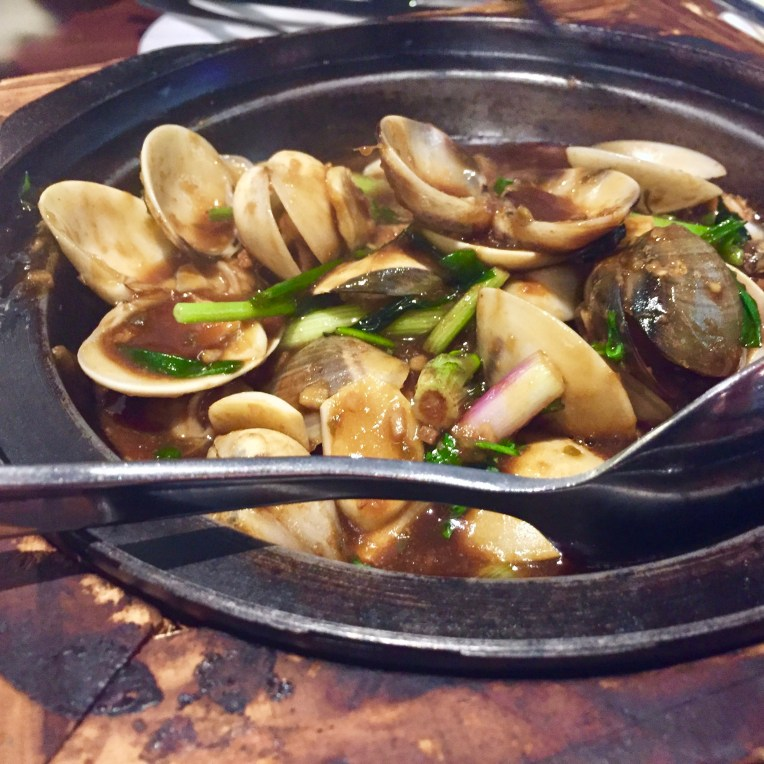 Clams in Oyster Sauce (2.5)
