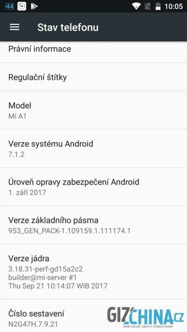 V telefonu je nainstalována poslední verze Androidu 7