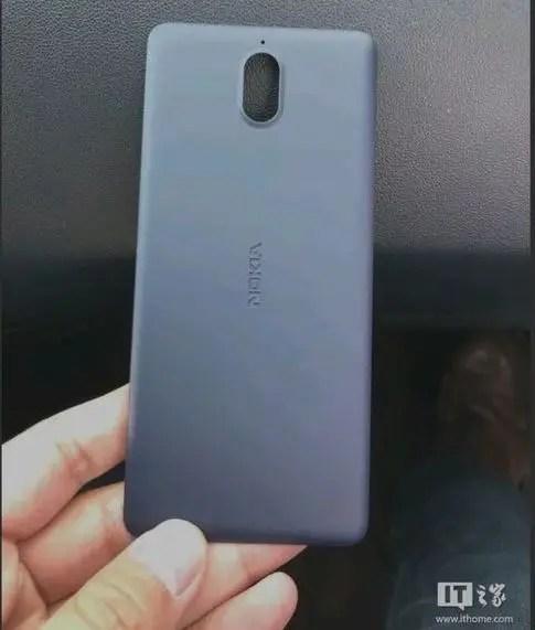 Nokia-1-back-leak-1