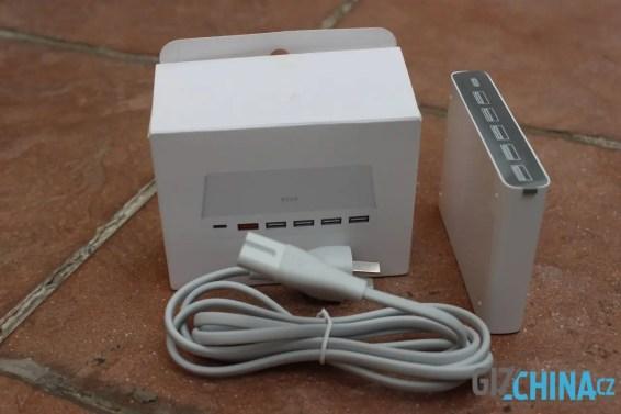 Žádný dodatečný kabel či redukce přibaleny nejsou