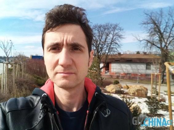 Selfie kamera nabídne malou hloubku ostrosti