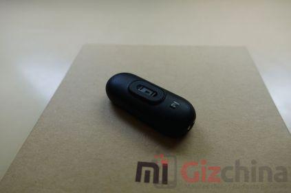 Xiaomi-Mi-Band-2-16