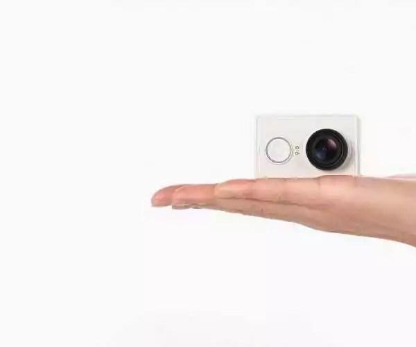 La mini caméra Xiaomi Yi est en vente en France