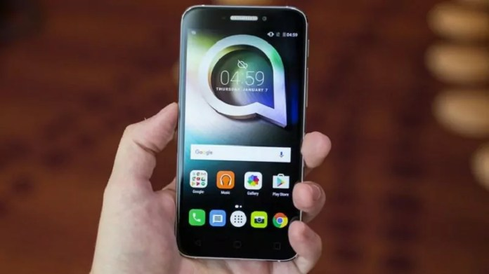 Alcatel Shine Lite : Le crystal pour briller