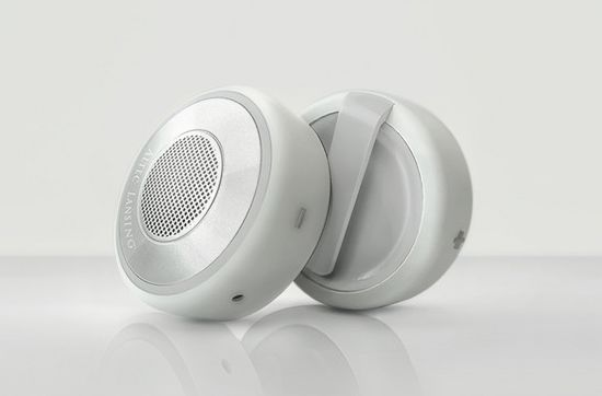 Ana Hates Rita Bluetooth speakers