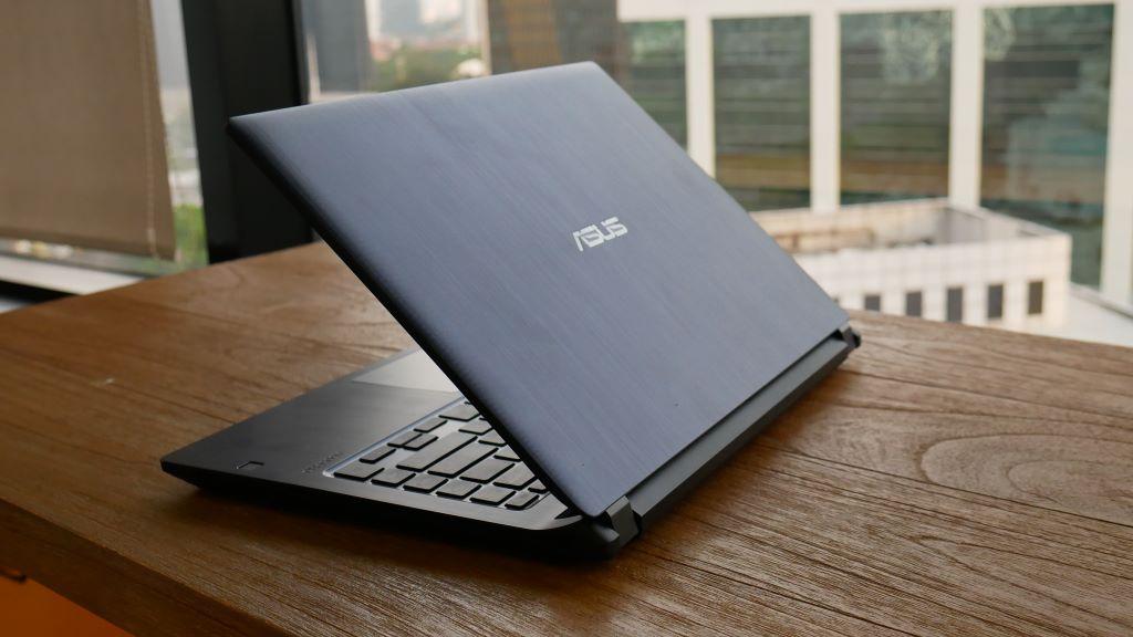 ASUS ExpertBook P1440FA fitur