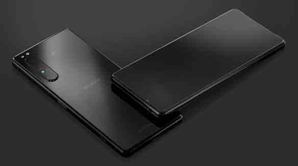 Sony Xperia 1 II vs Xperia 1 02
