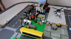 LEGO City Update #3 - Party in the park and Asian Street Food