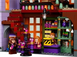 LEGO Harry Potter Diagon Alley 75978 - Sweet and trick shop