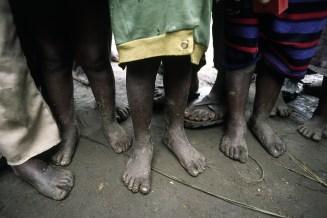 barefoot-african-children