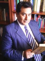 Dr. Héctor Ñaupri
