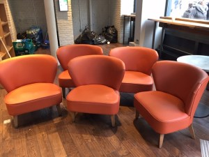 GJWisdom Auctioneers - Sidcup - Captains Chairs