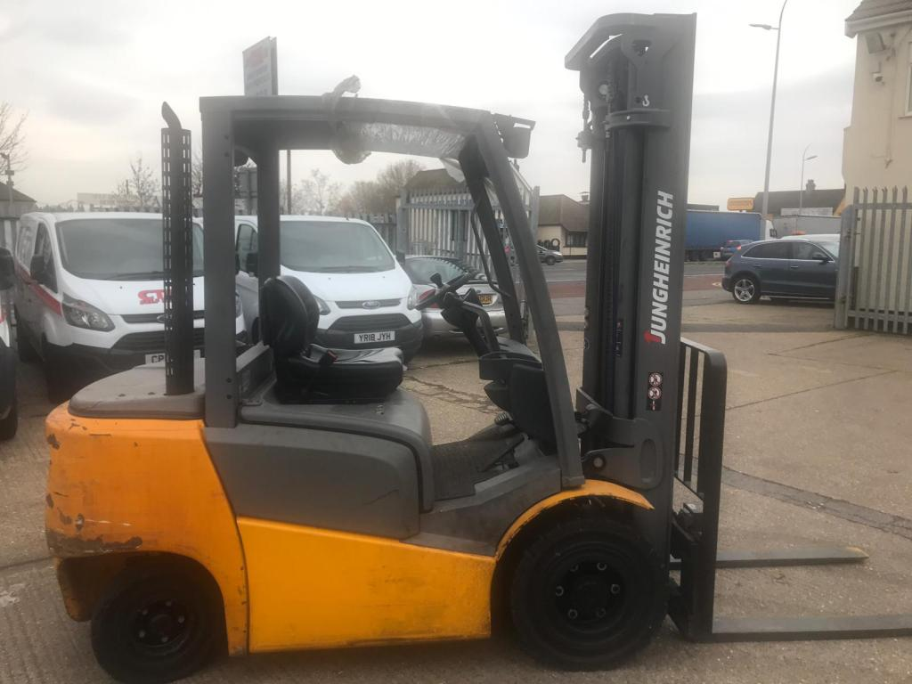 G J Wisdom Auctioneers, Auction, London, Bexley, Sidcup, Jungheinrich Forklift.2