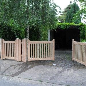 Nieblum Tür und Toranlage aus Lärchenholz