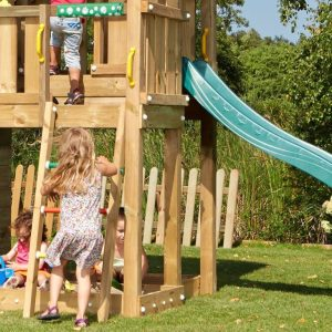 Spielturm-Barn-4