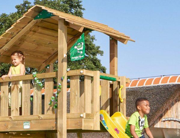 Spielturm Shelter mit Holzdach