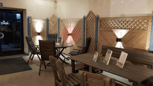 Wandleuchte-Mauri-Musterausstellung