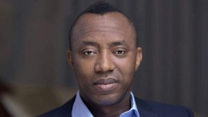 Tension At Abuja Court As Police Refuse To Bring Sowore, Others For Ruling 2