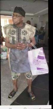 Ex-Nigeria President Obasanjo, Rocks Stylish Native Wear Like A Teenage Star (Photo) 3