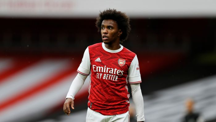 Arsenal Star Willian Reveals Why He Is Always Scared To Check His Phone 4