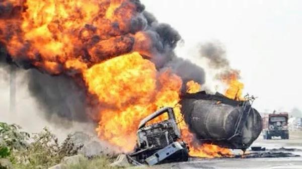 13 Vehicles Destroyed In Lagos-Ibadan Expressway Tanker Explosion – FRSC