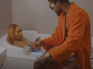 VIDEO: DJ Enimoney & Olamide – Sugar Daddy