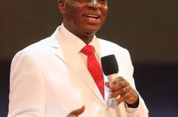 The General Overseer Of Living Faith Church, Bishop Oyedepo Reveals Why He Wears White Suits
