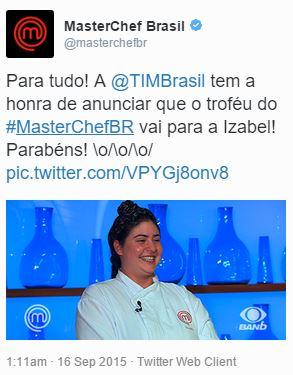 Ana Paula Padrão bem que fingiu estar tuitando do smartphone, mas com o TweetDeck era possível ver que o resultado foi postado a partir da interface Web do Twitter.