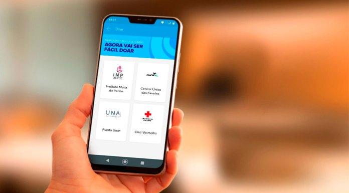 Um celular aberto no botão Doar. Foto de divulgação do Mercado Pago para as inscrições das ONGs.