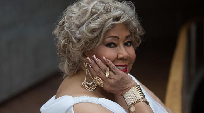 Cantora Alcione, que se apresentará na TNT em parceria com Coala.LAB.