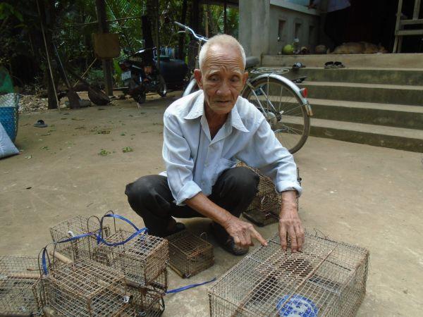 Săn chuột dừa mùa Tết ở miền Tây 1