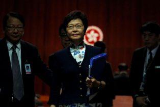 Hong Kong Leader Urges to Cease Independence Debate