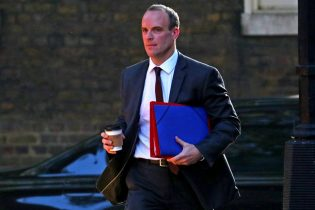 Britain and EU 'closing in' on a Brexit agreement, Raab says