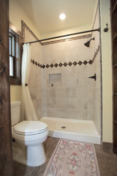 Lazy Bear Master Suite Bathroom