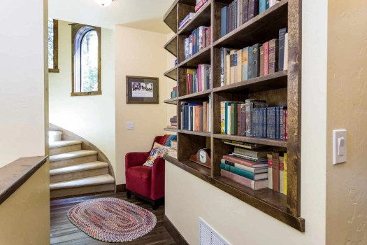 5.9- Reading nook with antique books 9