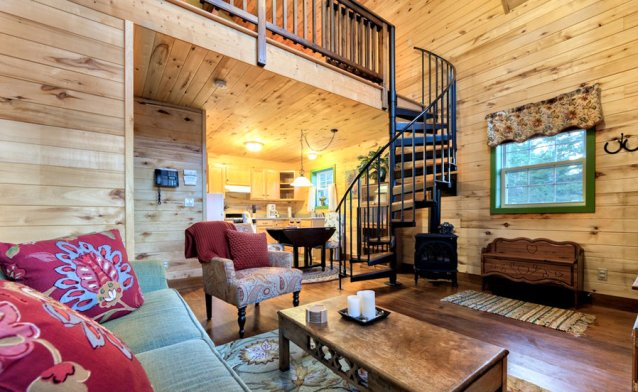Alpinglow Chalet Living Area