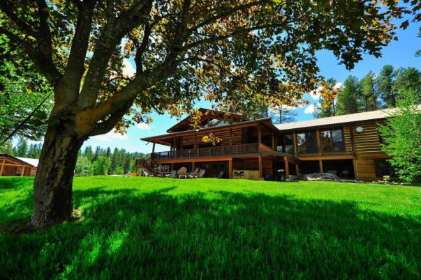 Montana team building, Glacier lodges, places to stay in Glacier National Park, Montana corporate retreats