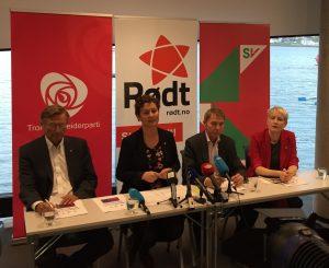 Kystens Hus-erklæringen presenteres 30.9.2015 av Jarle Aarbakke, Kristin Røymo, Jens Ingvald Olsen og Ingrid Marie Kielland.