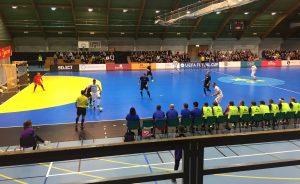 Euro Futsal Cup i Tromsøhallen, fra torsdag 24.8 når Sjarmtrollan spilte. Sportsdekket innkjøpt av kommunen er en viktig grunn til at det ble arrangement.