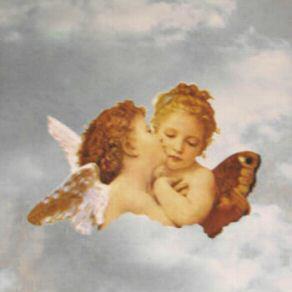 Två änglar ljusblå