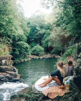 Kvinnor vattenfall ny