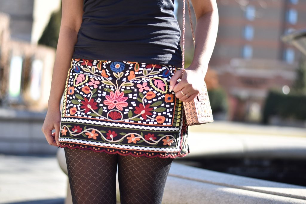 Romwe skirt with embroidery