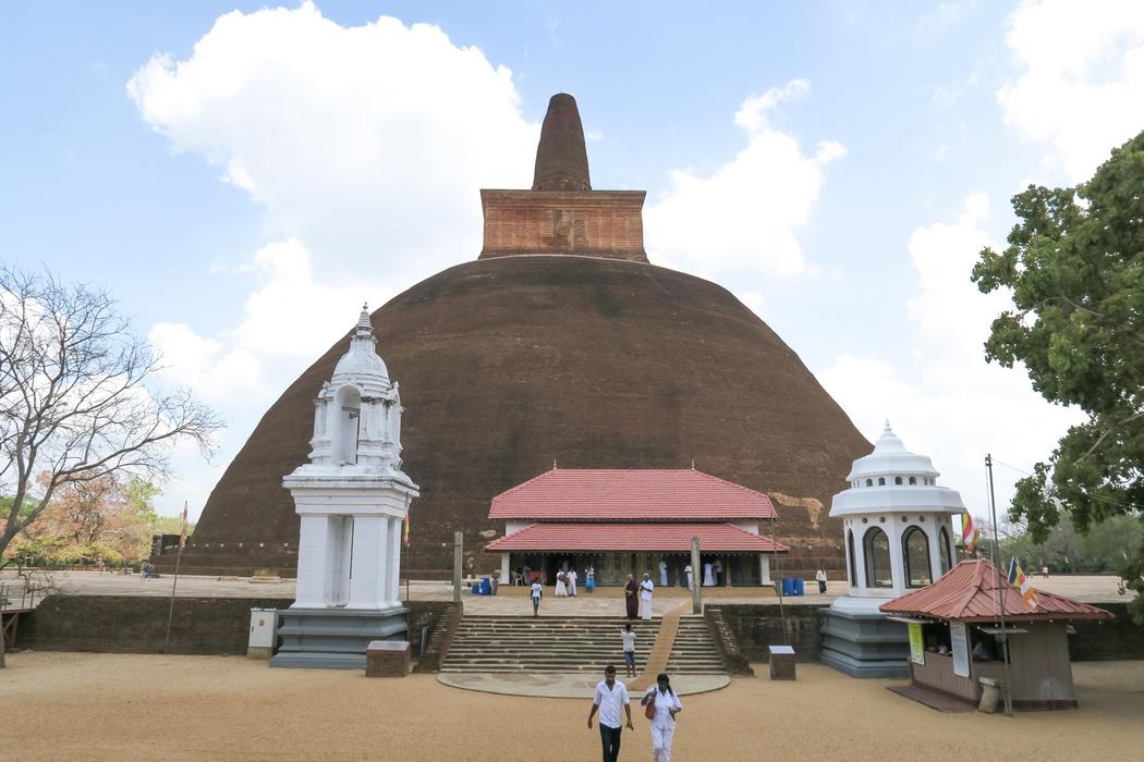 sri-lanka-anuradhapura04