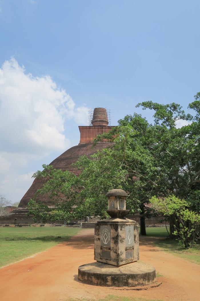 sri-lanka-anuradhapura05